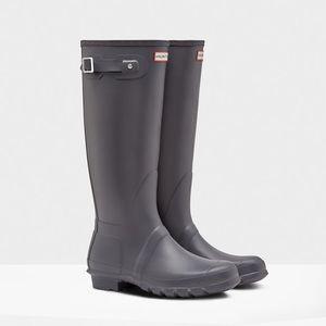 Hunters size 5 rain boots NIB